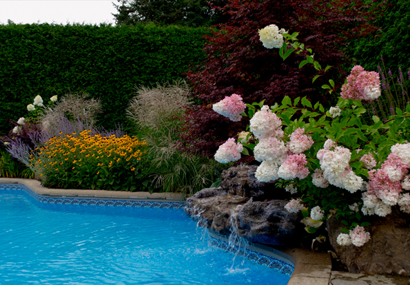 Paysagiste montreal amenagements paysagers piscine laval - Amenagement exterieur piscine creusee ...