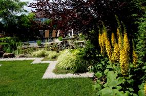 Paysagiste montreal amenagements paysagers piscine laval for Amenagement jardin 974